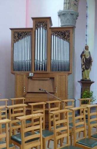 Ieper Wielewaalstraat zonder nummer Orgel in de parochiekerk