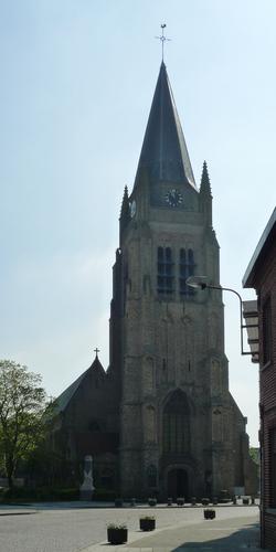 Ieper Kerkplein 262 Sint-Vedastuskerk