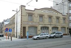 Garage Omnia Automobile en woongelegenheid