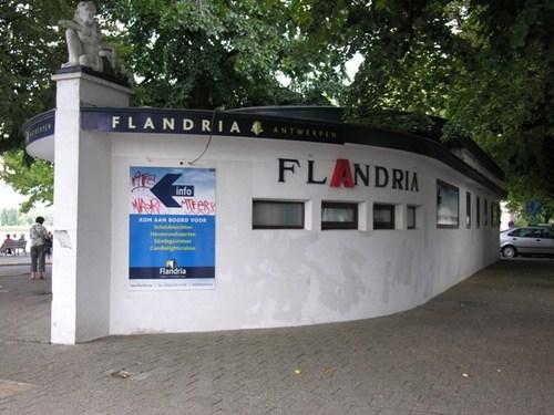 Antwerpen Steenplein Kiosk Flandria