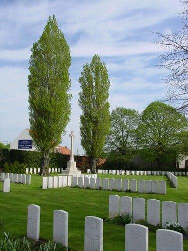 St. Julien Dressing Station Cemetery: Cross of Sacrifice