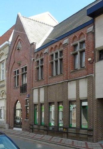 Izegem Kruisstraat 8-10-16