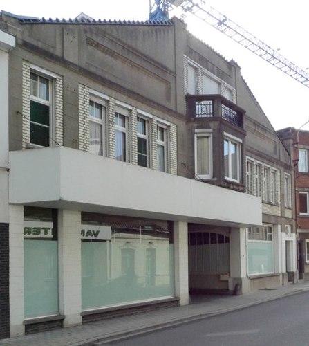 Izegem Wijngaardstraat 8-10