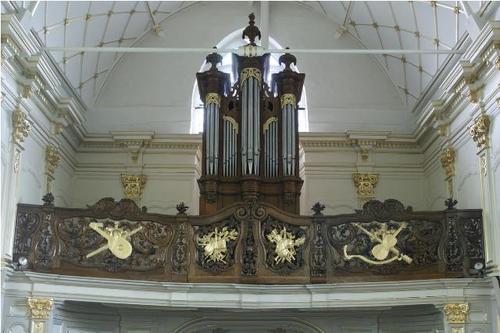 Alveringem_Izenberge_Kapel Onze-Lieve-Vrouw van Barmhartigheid_Orgel