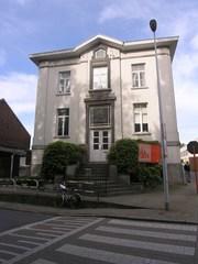 Gemeentehuis en school Itterbeek