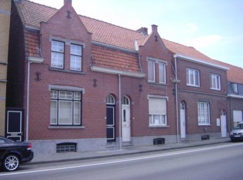 Zonnebeke Beselarestraat 260-264
