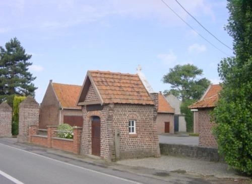 Wederopbouwhoeve met kapel
