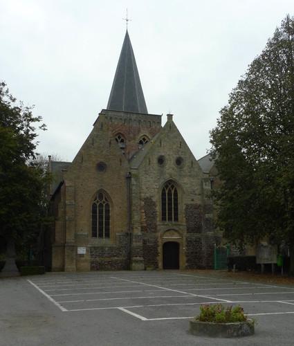 Alveringem Bellestraat zonder nummer Parochiekerk Sint-Petrus