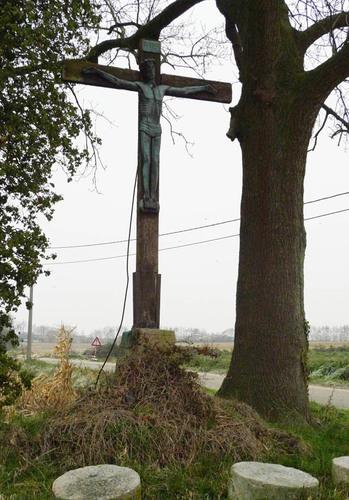 Mesen Rijselstraat zonder nummer kruisbeeld