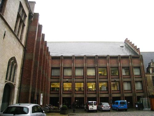 Mechelen Grote Markt 20-21-22 Vleugel Braem Reuzenstraat