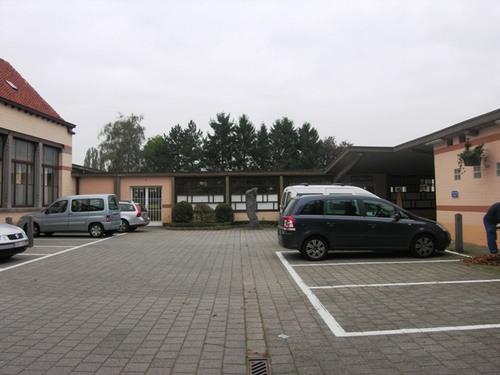 Wezembeek-Oppem_LouisMarcelisstraat_Gemeenteschool_10