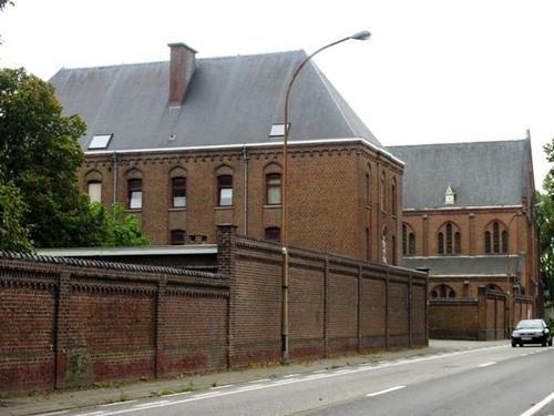 Wezembeek-Oppem_Mechelsesteenweg_82_klooster_02