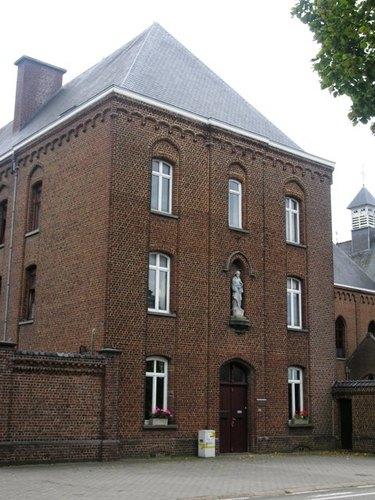 Wezembeek-Oppem_Mechelsesteenweg_82_klooster_05