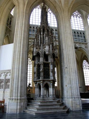 Leuven Mathieu de Layensplein zonder nummer sacramentstoren