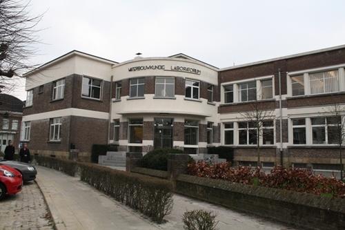 Antwerpen Berchemlei 115 kantoorgebouw inkompartij
