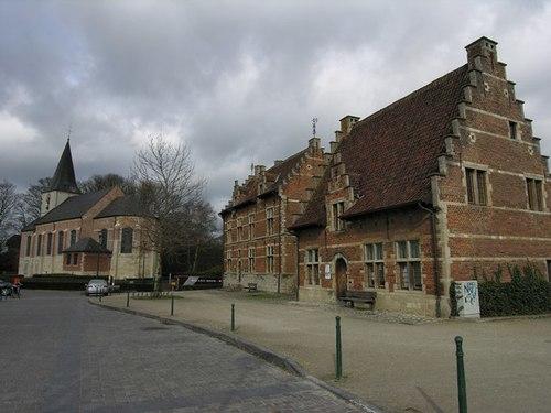 Groot-Bijgaarden_Gemeenteplein