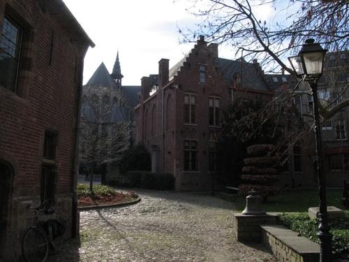 Aalst Onderwijsstraat 1, Oude Vismarkt 13