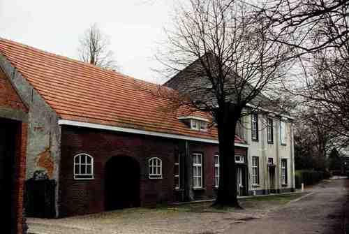 Baarle-Hertog Burgemeester van Gilsestraat 1, 2-3