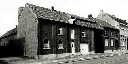 Heist-op-den-Berg Leo Kempenaersstraat 85-85A-87