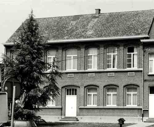 Heist-op-den-Berg Pastoor Mellaertsstraat 30-32