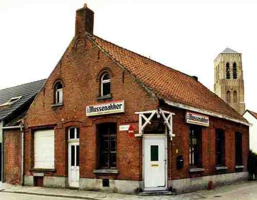 Hoogstraten Donckstraat 10