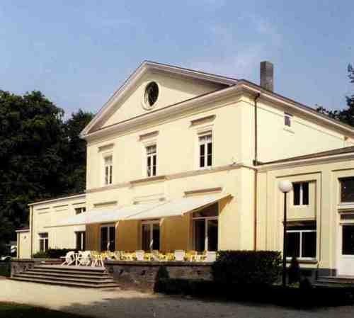 Hoogstraten Ulicotenseweg 54-56