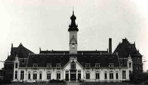 Mechelen Rode-Kruisplein 1-4, 2, 3 en 6