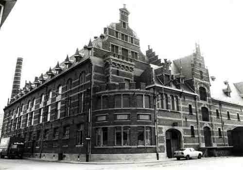 Mechelen Rode-Kruisplein 1-4