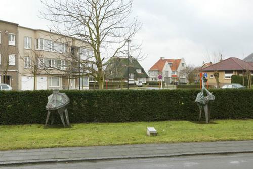 Knokke-Heist Meerlaan Twee koperen sculpturen Nieuwe Morgen