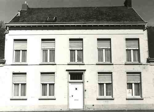 Wommelgem Kerkplaats 16