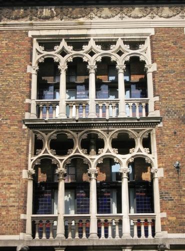 Antwerpen Cogels-Osylei 65-71