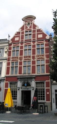 Oudenaarde Markt 7