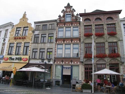 Oudenaarde Markt 27-30