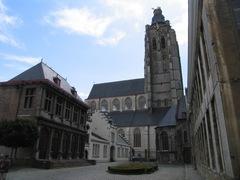 Oudenaarde Sint-Walburgastraat zonder nummer (https://id.erfgoed.net/afbeeldingen/156868)