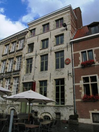 Oudenaarde Markt 38