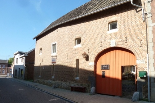 Voeren Kerkstraat 7-9