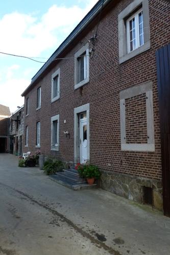 Voeren Dorpsstraat 42