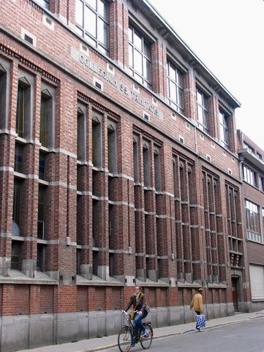 Leuven Oude Markt 28 Heilige Drievuldigheidscollege