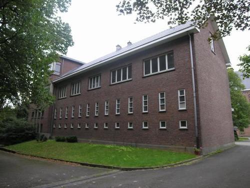 Wezembeek-Oppem_Mechelsesteenweg082_klooster_23