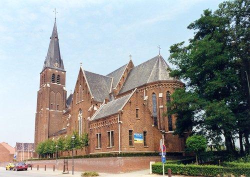 Dilsen-Stokkem Europalaan Parochiekerk Sint-Martinus