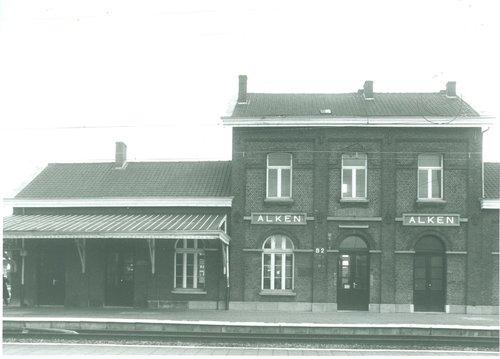 Alken Stationsplein 2