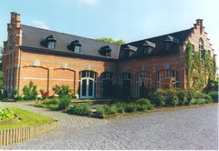 Hamont-Achel Catharinadal 3 Voormalig koetshuis (https://id.erfgoed.net/afbeeldingen/165017)