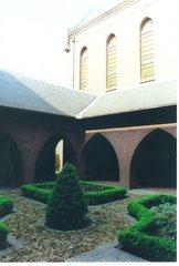 Hamont-Achel De Kluis 1 Ritzen binnenhof (https://id.erfgoed.net/afbeeldingen/165041)