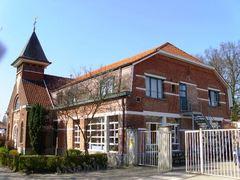School en kerk Sancta Theresia a Jesu Infante