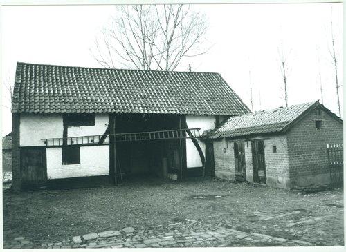 Diepenbeek Keizel 137 stal en schuur