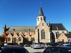 Stekene Kerkstraat zonder nummer Parochiekerk Heilig Kruis (https://id.erfgoed.net/afbeeldingen/167751)