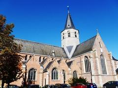 Stekene Kerkstraat zonder nummer Parochiekerk Heilig Kruis (https://id.erfgoed.net/afbeeldingen/167789)