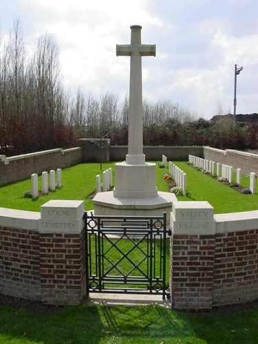 Boezinge: Colne Valley Cemetery: Toegang begraafplaats