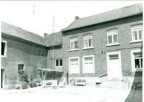 Henis Dashovenstraat 40