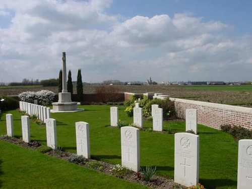 Boezinge: La Belle Alliance Cemetery